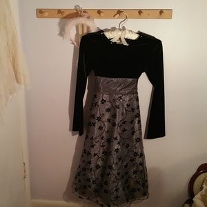 Rare, Too! Size 12 Formal Long Black Gray Dress